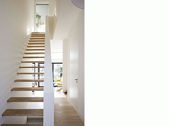 http://www.gabrielswebb.com/architecture/IJburghouse/