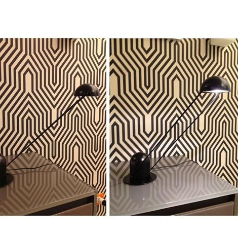 Lampada C da scrivania, elegante e moderna, in offerta sul nostro outlet! Prezzo scontatissimo -56%. http://www.outletarredamento.it/illuminazione/lampada-c-in-offerta.html  #lampada #tavolo #offerteoutlet #outletarredamento