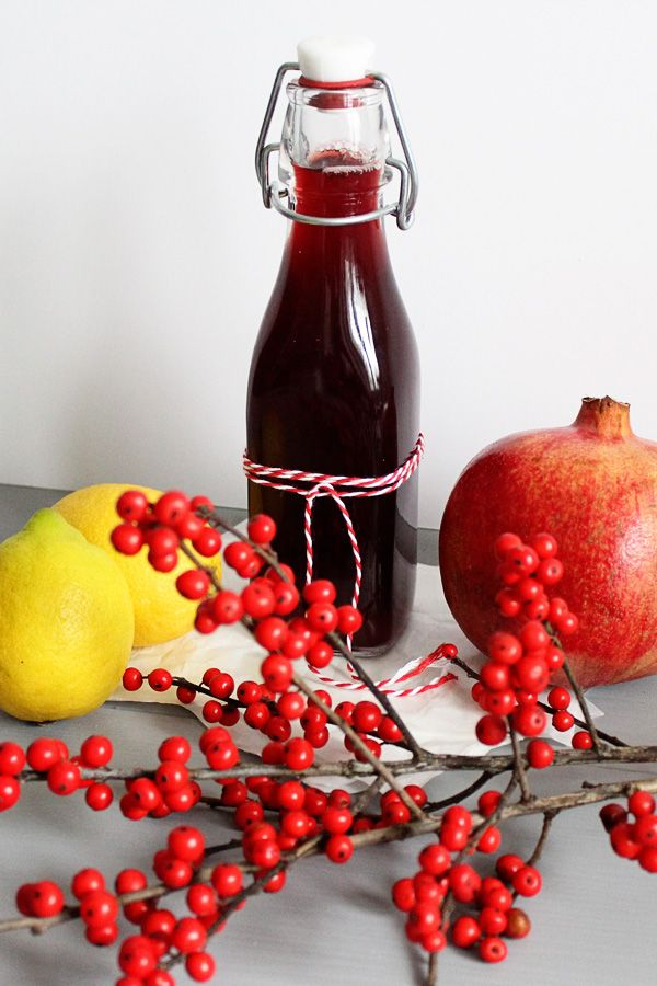 Granatapfel Vodka / pomegranate recipes: pomegranate infused vodka