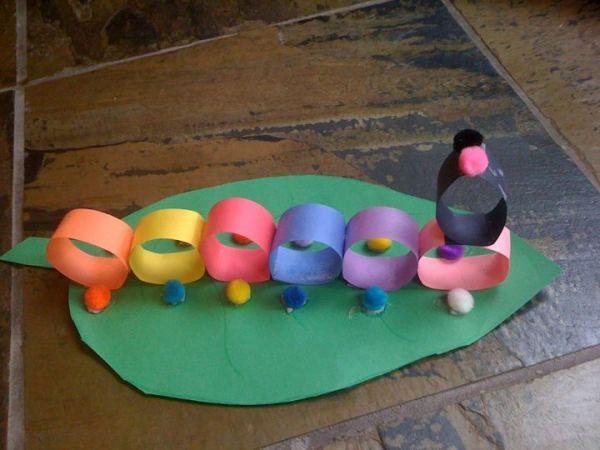 Construction Paper Craft: Caterpillar