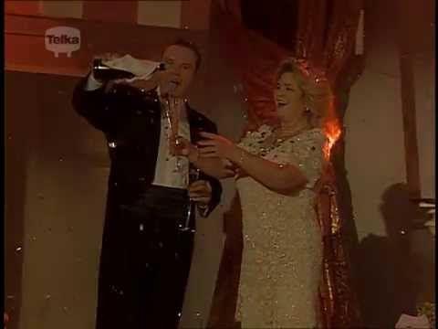 La Traviata - Libiamo, ne' lieti calici (Gabriela Beňačková & Štefan Mar...
