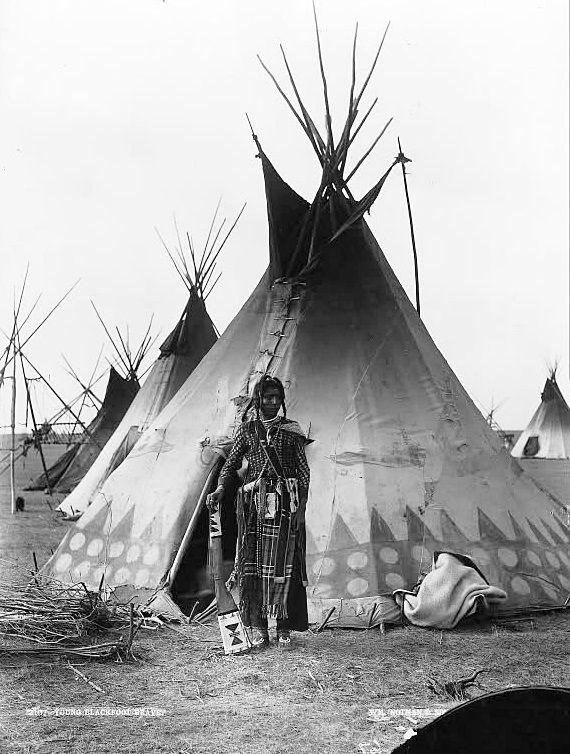Blackfoot man near Calgary, ca.1889 (William Notman)