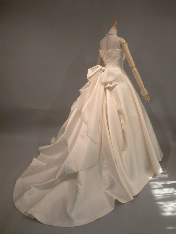 Couture yoshie dress ミカドシルク ウェディングドレス レンタル