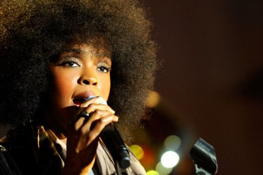 lauryn hill does the fro. Not my favorite look on her though. I like her dreads best. Still...