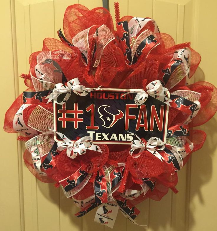 Houston Texans Wreath #Texans - Measures about 24 inches diameter. Lots of NFL Texans Ribbon as well as the NFL Texans plate.
