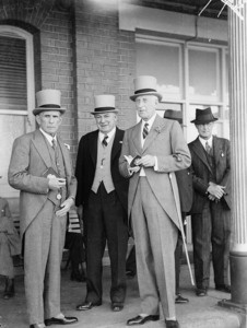Men's fashion, Sydney Cup, Randwick, 1937, Sam Hood. From the collection of the State Library of New South Wales www.sl.nsw.gov.au