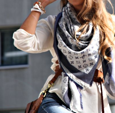 casual chic - cinched waistLouisvuitton, Fashion, Casual Chic, Style, White Shirts, Louis Vuitton Monograms, Lv Scarf, Accessories, Silk Scarves