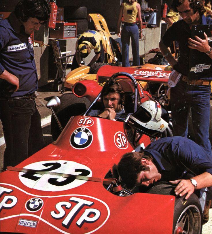 Jean-Pierre Jarier (STP March Engineering) 1er du Championnat d'Europe des conducteurs F2 1973 - L'Automobile Août 1973