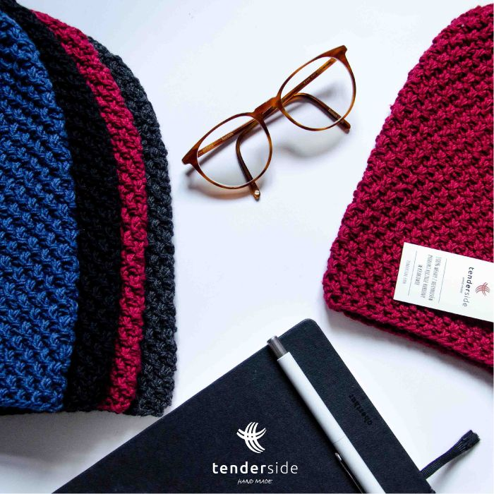 Simple but elegant. Beanies Tenderside made with merino wool.