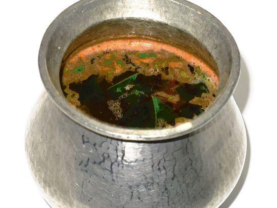 Eeya Chombu Rasam