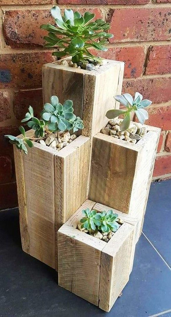 33 Built In Planters – DIY Ideas and Projects