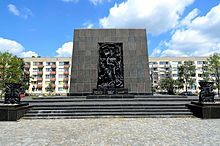 The Ghetto Heroes Monument (Polish: pomnik Bohaterów Getta) is a monument in Warsaw, Poland, commemorating the Warsaw Ghetto Uprising of 1943 during the Second World War. It is located in the area which was formerly a part of the Warsaw Ghetto, at the spot where the first armed clash of the uprising took place. The monument was built partly of Nazi German materials originally brought to Warsaw in 1942 by Albert Speer for his planned works. The completed monument was formally unveiled in…