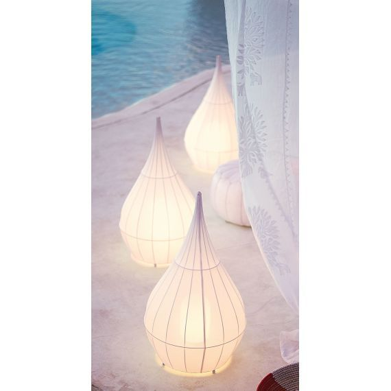 Außenleuchte, in Form eines Tipi-Zeltes