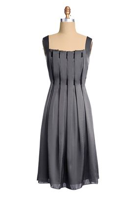 grey dress: Summer Dresses, Pewter Dresses, Color, Slim Dresses Style, Grey Bridesmaid Dresses, The Dresses, Grey Dresses, Grey Shades, Gray Dresses