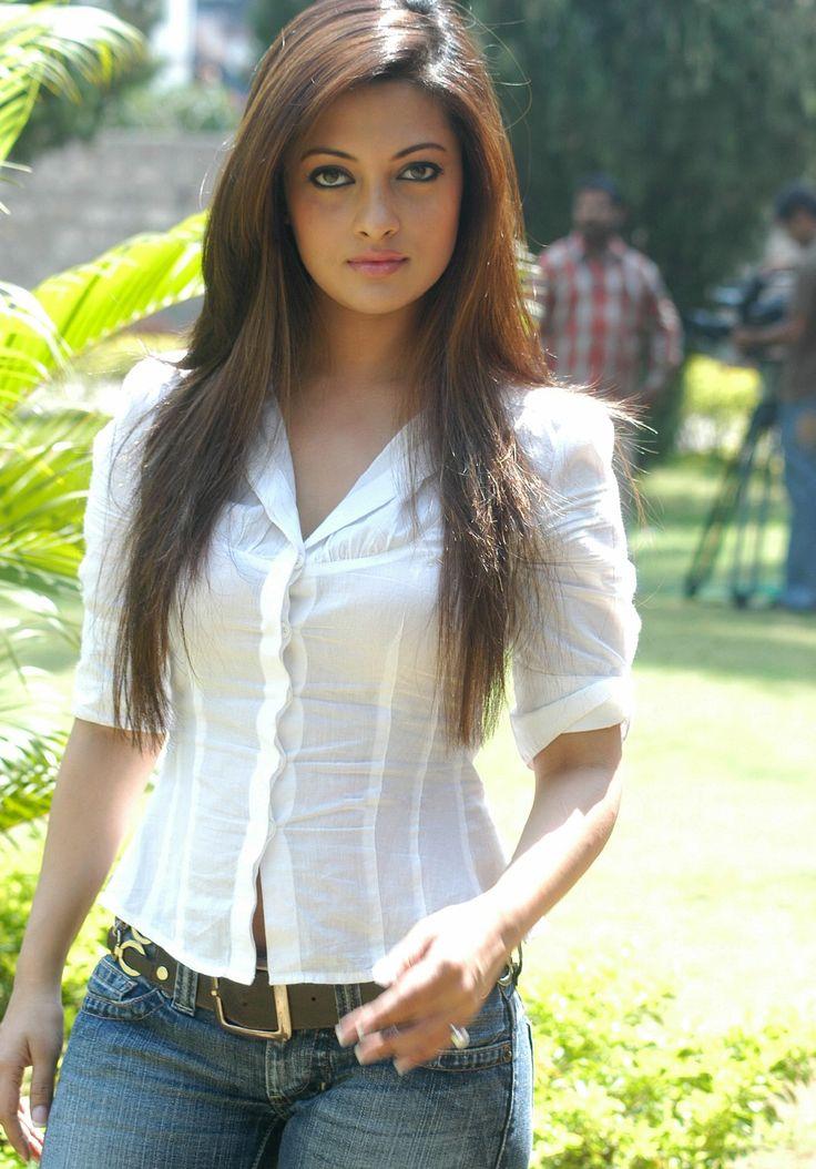 Riya Sen Looking Beautiful