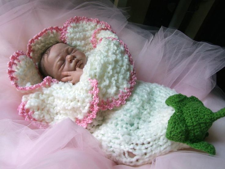 Baby Flower Cocoon Crochet Pattern Free : 35+ Adorable Crochet and Knitted Baby Cocoon Patterns ...
