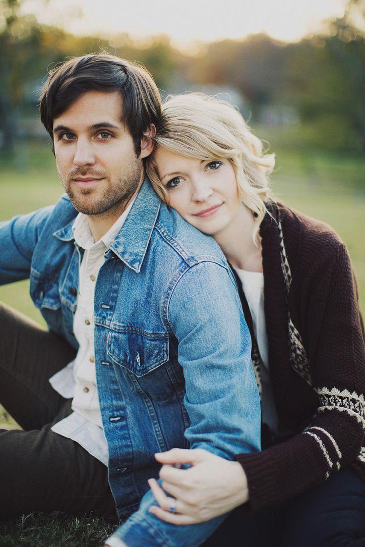 Nashville Fall Engagement Photos // Liz + Jon : Ariel Renae Photo : Engagement Photographer