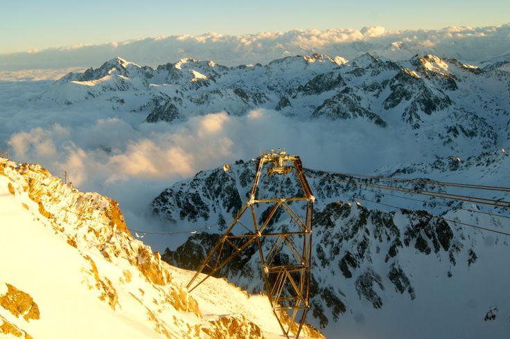 #Pyrénées #Montagne #Mountain #Bergen #PicduMidi #Neige #Schnee #Snow #Occitanie #Tourisme #HautesPyrénées