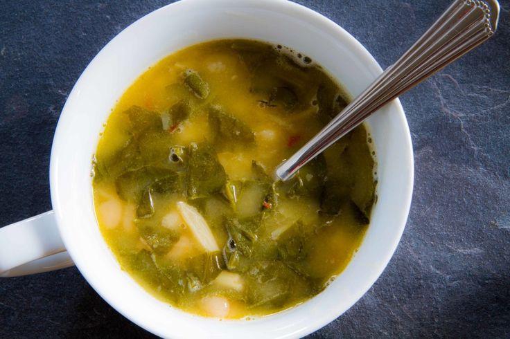 Mangold: Klare Suppe für Kalte Herbsttage