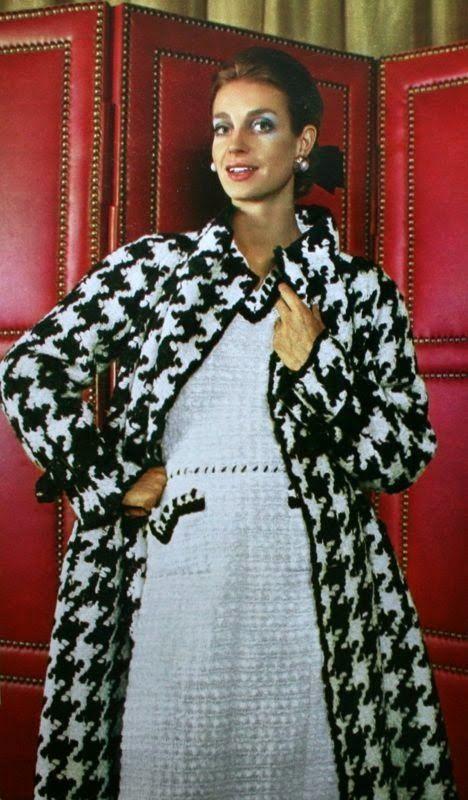 1968 - Chanel ensemble - Jours de France August 1968