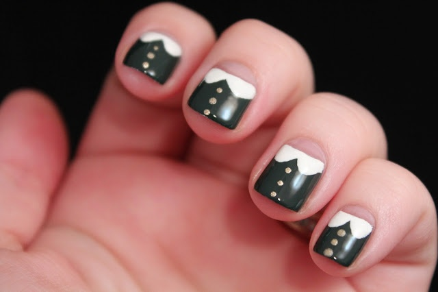 Glimpses of the Moon: Tuesday Tutorial: Peter Pan Collar Nail Art