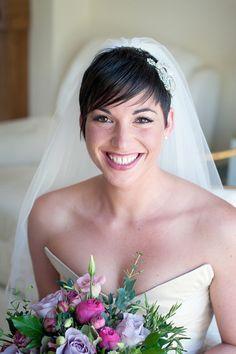 Noiva com cabelo curto