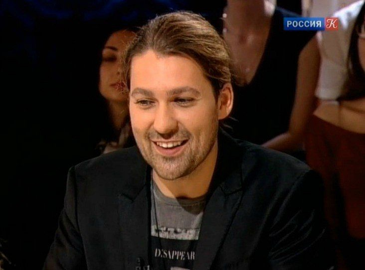 """David on the Russian TV channel """"Culture"""" .  Thank you for the pics Svetik Papova!"""