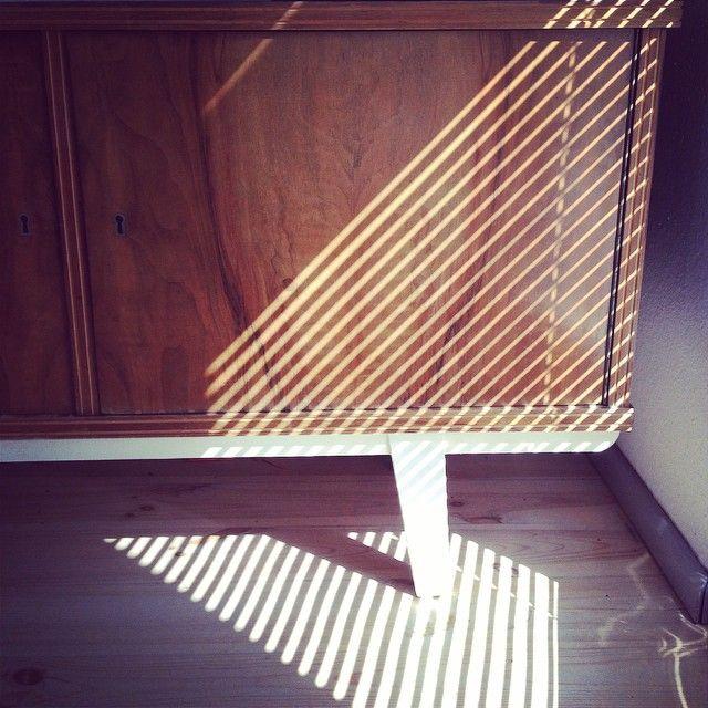 Nowa szafka #shadow #light #furniture #stripes