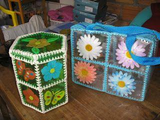 botellas de gaseosas y tejido crochet