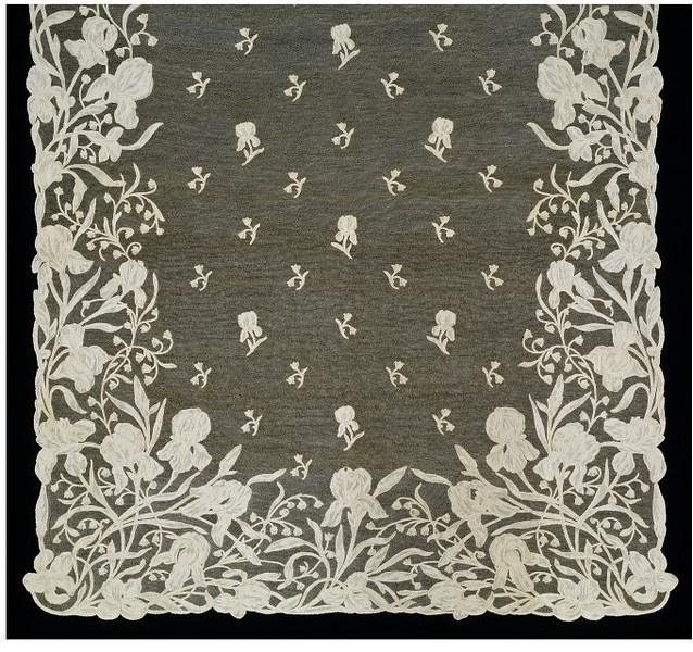 Stole | Burano Lace School | V Search the Collections Stole Burano, Italy (made) ca. 1900 (made) Burano Lace School (maker) Needlepoint lace worked in linen thread