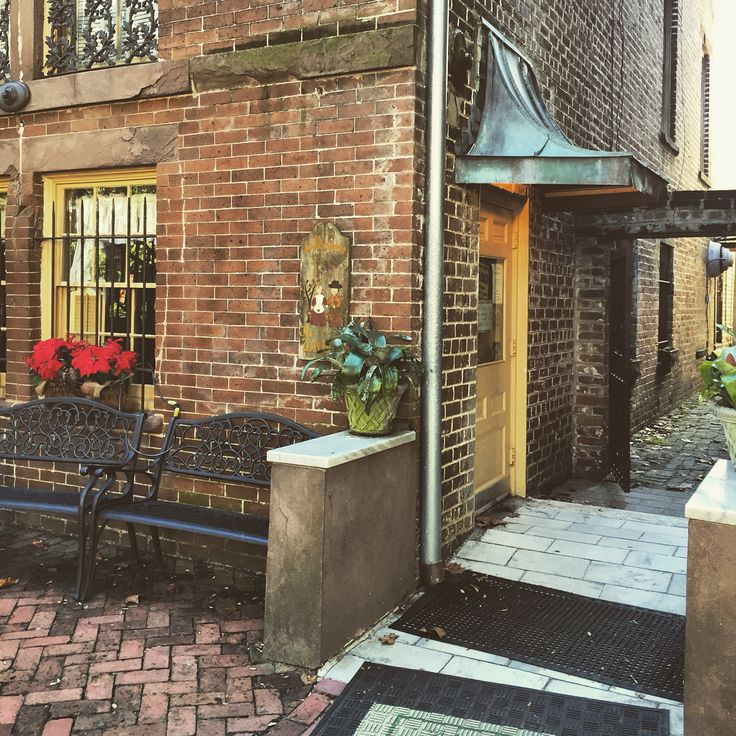 Mrs Wilkes Dining Room Savannah: Top 156 Ideas About Savannah On Pinterest
