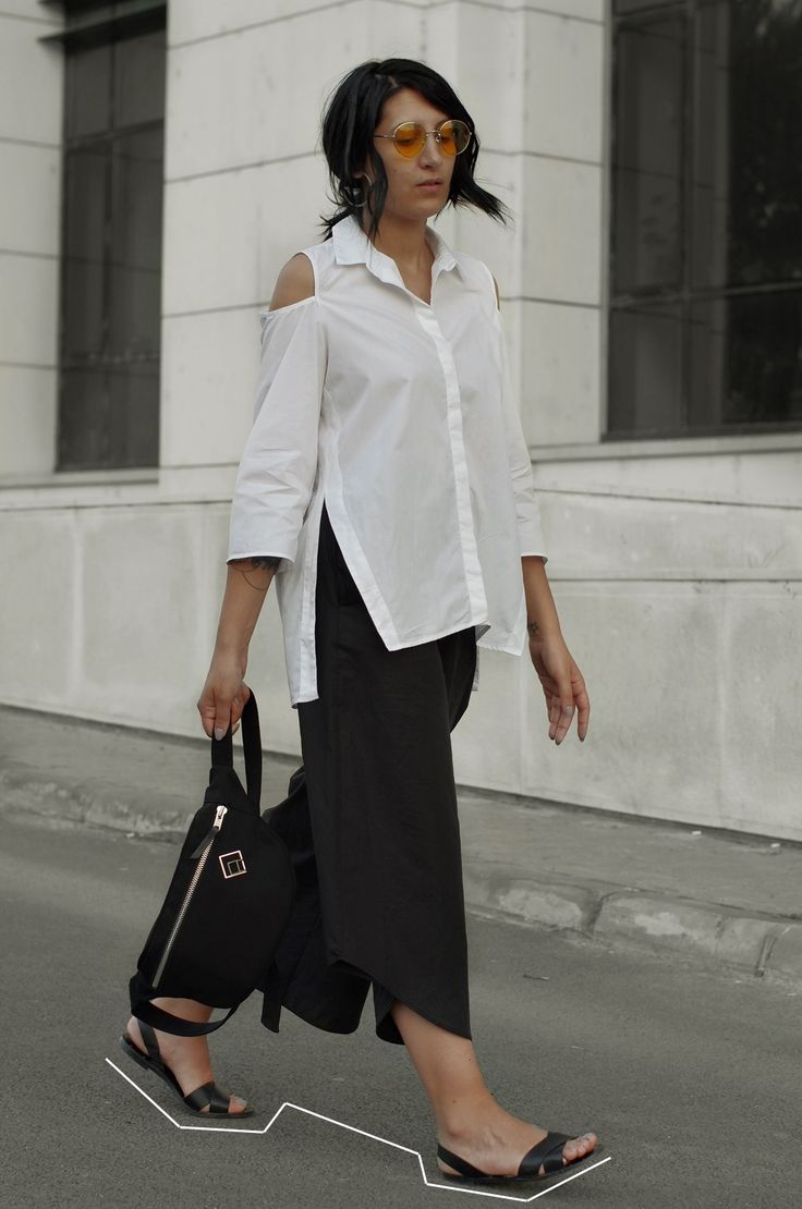 The Simple Chic - Looktheotherway.co - Style Inspiration