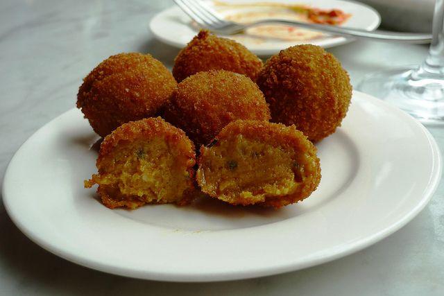 Le polpette di zucca light con la ricetta facile e veloce, adatte per chi sia a dieta