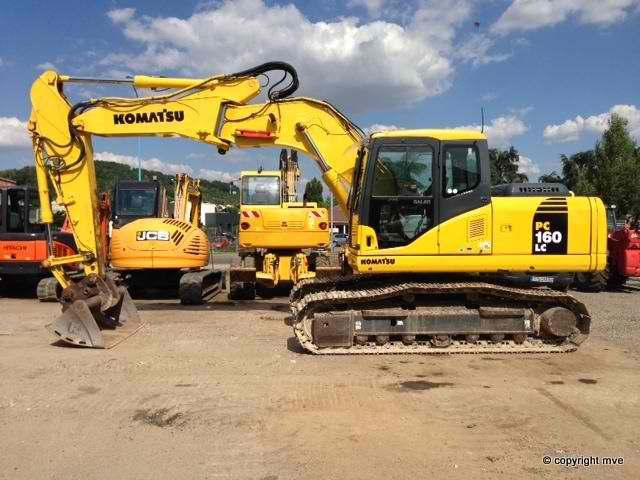 We sell Excavator Komatsu PC160LC7K Second Hand. Manufacture year: 2005. Working hours: 8000. Weight: 16000 kg. Excellent running condition. Ask us for price. Reference Number: AC3659. Baurent Romania.