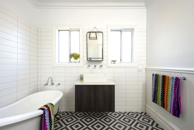 Cheltenham, bathroom