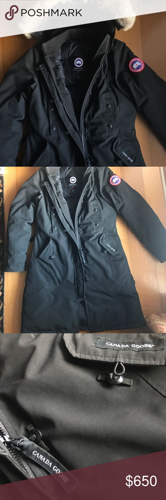 Canada Goose Trilium Parka Canada Goose Trilium Parka in Black, size medium. This super warm coat comes to mid-thigh length, and compliments any winter look. Both stylish and functional. This coat is about a year old but shows no signs of wear or tear. Canada Goose Jackets & Coats Puffers