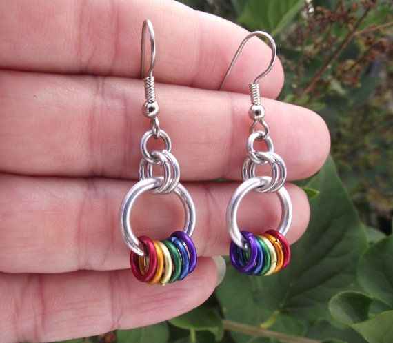 Rainbow Hoop Earrings by JSWMetalWorks on Etsy, $10.00Rainbows Hoop, Crafts Ideas, Rainbows Earrings, Hoop Earrings, Jswmetalwork Etsy, Earrings Rainbows, Jewelry Ideas, Aluminum Earrings, Earrings Aluminum