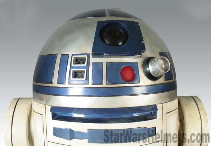 Sideshow Collectibles C-3PO and R2-D2 Droid Life-Sizes