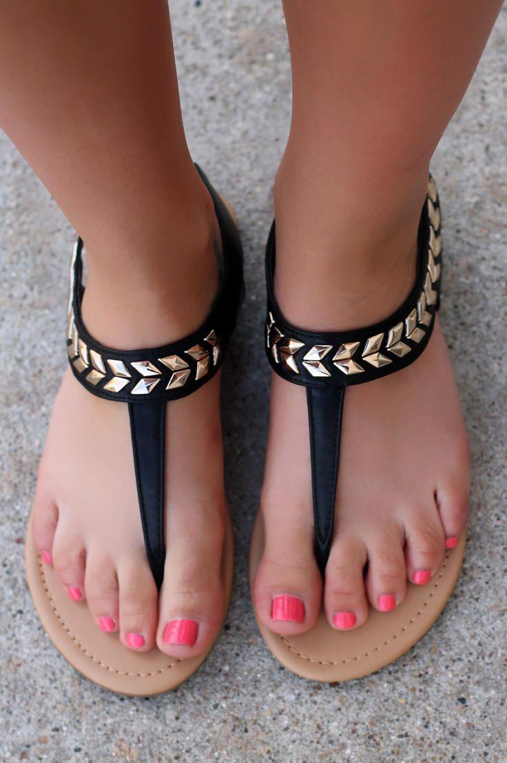 Sexy feet sandals