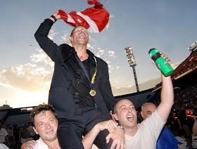 """Manager Diego Simeone (Estudiantes de La Plata, 2006-2007). On 18 May 2006, he became head coach of Estudiantes and soon led them to their 1st league title in 23 years after defeating Boca Juniors 2–1 in a final match played on 13 December 2006. In an October 2006 poll in the sports daily Olé, Simeone was voted as the best manager in the Argentine league. He was also praised as a """"born manager"""" by former Argentine international Roberto Perfumo. Simeone left Estudiantes after the end of the…"""