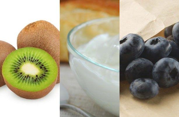Breakfast under 100 calories --> Smoothie recipe, 1 kiwi, 3 tbsp greek yogurt, blueberries.