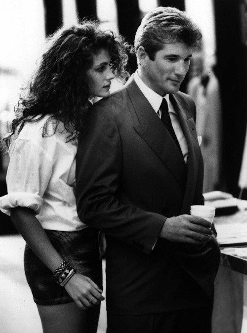 Pretty Woman, starring Julia Roberts and Richard Gere, classic love movie, kyssefilm, love, photograph, black and white, celeb