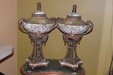 Par De Vintage Porcelana Sevres Estilo Bronce Ormolu Florero Con Tapa
