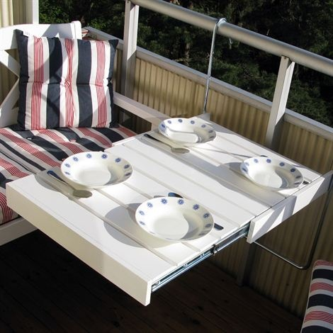 very cool table for a small balcony!