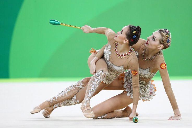 Auch die Russinnen zeigten, dass sie ihre Choreografie perfekt beherrschen -...