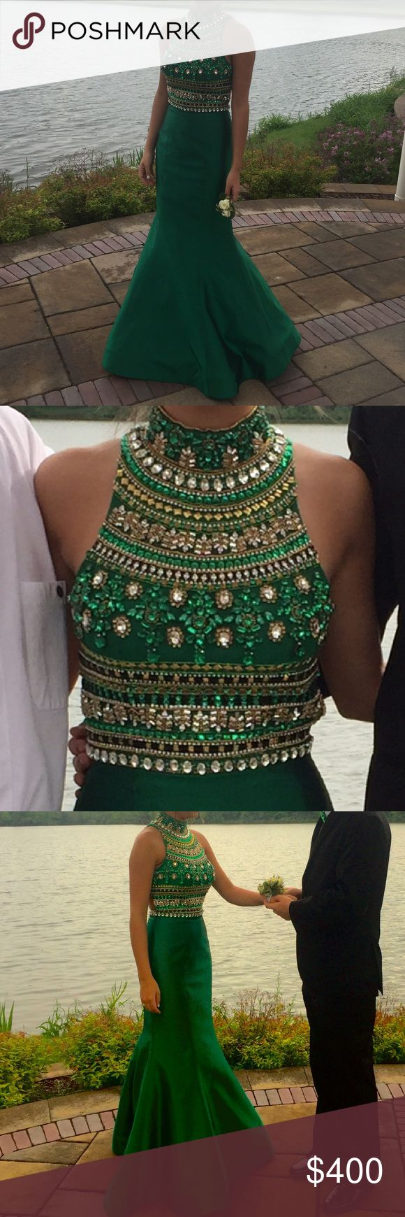 SHERRI HILL EMERALD GREEN PROM DRESS this is such a beautiful dress, worn once to prom! Sherri Hill Dresses Prom