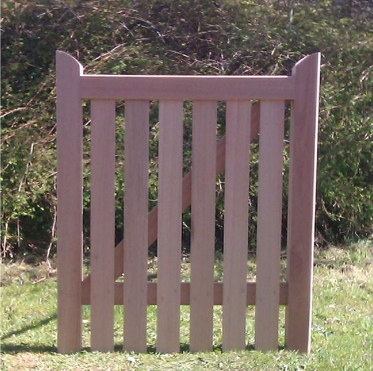 Wooden Tree Gate Design: 1000+ Ideas About Wooden Gates On Pinterest