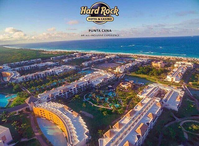 """""""11 piscinas, 12 restaurantes, 6 bares, discoteca, Spa y uno de los casinos más grandes del caribe, son solo algunas de las maravillas que te brinda el increíble Hard Rock Hotel & Casino Punta Cana. Regálate unas vacaciones al mejor estilo de un Rock Star. Aprovecha los vuelos directos desde Caracas a Punta Cana todos los jueves y domingo de Agosto y Septiembre.  Para un presupuesto: - Pasajero / Edades - Fecha de ida / Retorno - Celular de contacto  Por: viajamasrapido@Gmail.com  #Viajes…"""