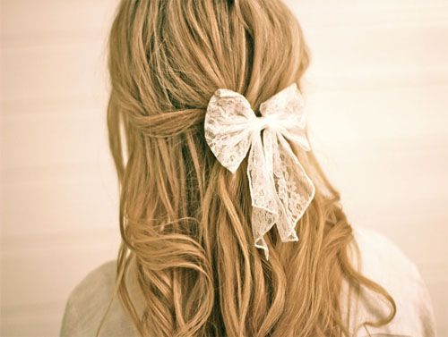 cute lil bow <3 :)Hairstyles, Teas Trees Oil, Long Hair, Hair Style, Hair Bows, Hair Care, Lace Bows, Beautiful Tips, Dandruff Remedies