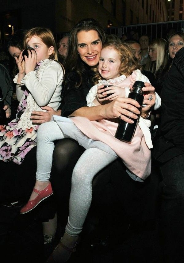Brooke Shields all smiles with her daughter.  ♥ If you enjoyed my pin, pls do visit my celebrity site at www.celebritysize... ♥ #celebritysizes #brooke #shields